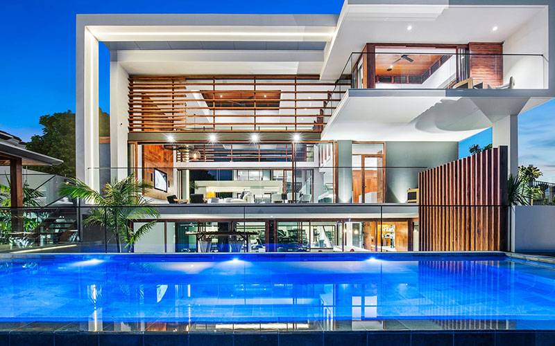 Gold-Coast-Glass-Pool-Fencing-8